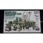 TA 37023 1/35 German Field Maintenance Team & Equipment Set