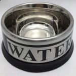 ชามสแตนเลสใส่อาหารสุนัขและแมว Water กว้าง 6 นิ้ว ลึก 2.5 นิ้ว